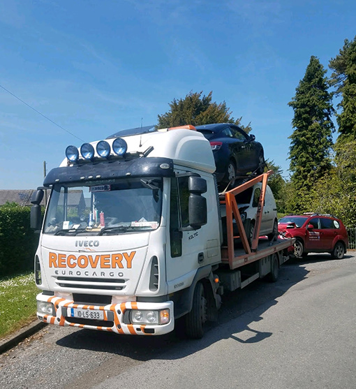 Our Recovery truck can transport 3 cars